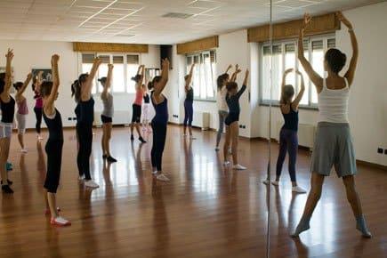 Curso de Espanhol + Dança 1