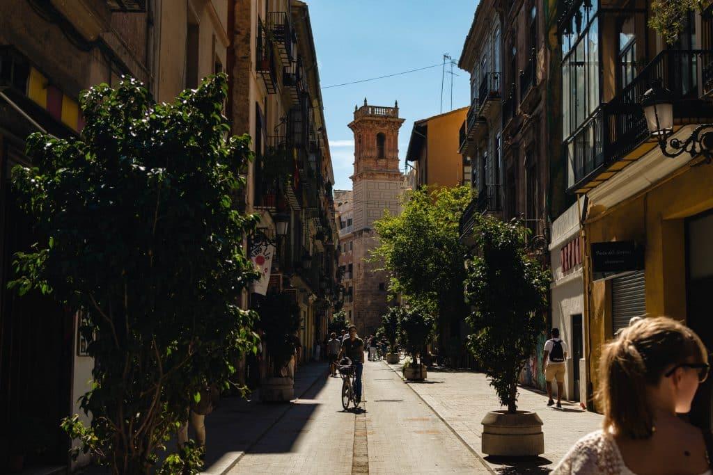 letni obóz języka hiszpańskiego w hiszpanii dla nastolatków