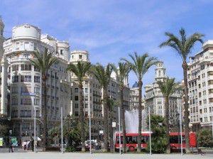 Plaza del ayuntamientobwith buildings, bus ...